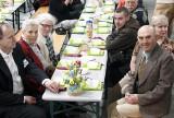 Fundacja Wolne Miejsce rozwiezie ponad tysiąc śniadań wielkanocnych. Chętnych na śniadanie było więcej niż rok temu