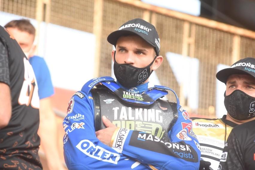 Bartosz Zmarzlik rozpoczął sezon z przytupem, wygrywając...