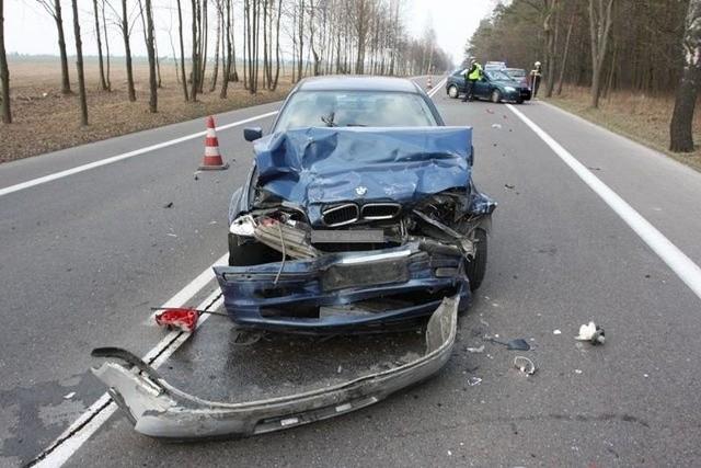 Teraz szczegółowe okoliczności wypadku ustalają policjanci z Bielska Podlaskiego.Odwiedź także nasz serwis  Uwaga wypadek. Znajdziesz tam wypadki oraz kolizje z Białegostoku i regionu.