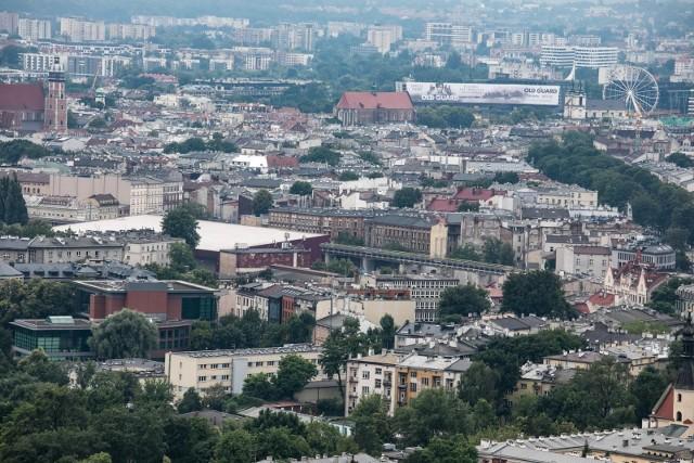 W Krakowie coraz większym problemem jest budowa budynków z lokalami na wynajem, które powstają na terenach przeznaczonych pod usługi.