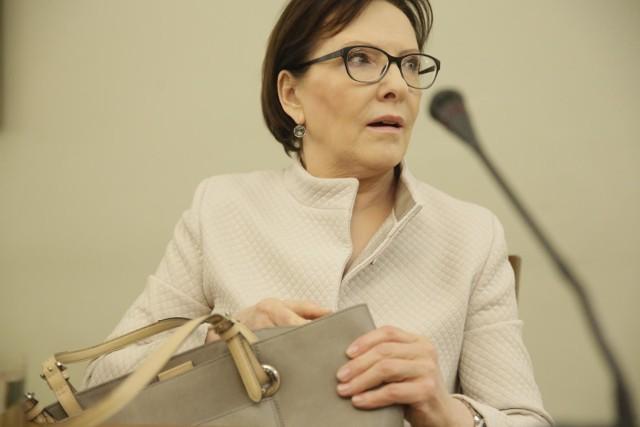 """Była premier Ewa Kopacz w ogniu krytyki. """"Powinna była zniknąć z życia publicznego"""""""