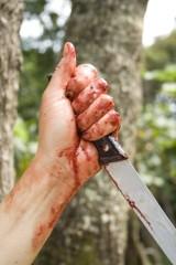 Okrutny mord w Suwałkach. Ofiara umarła w męczarniach
