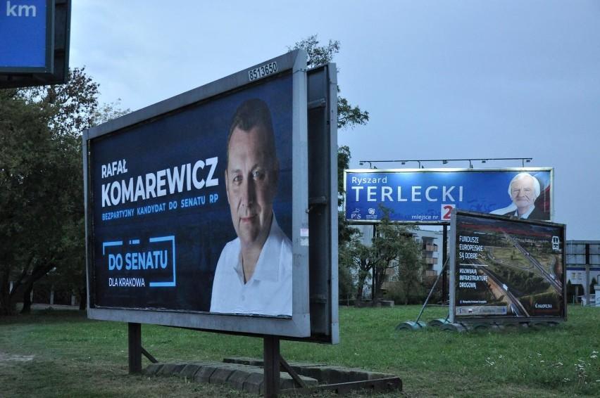 Wybory Parlamentarne 2019 Dużo Plakatów Jedno Podbite Oko