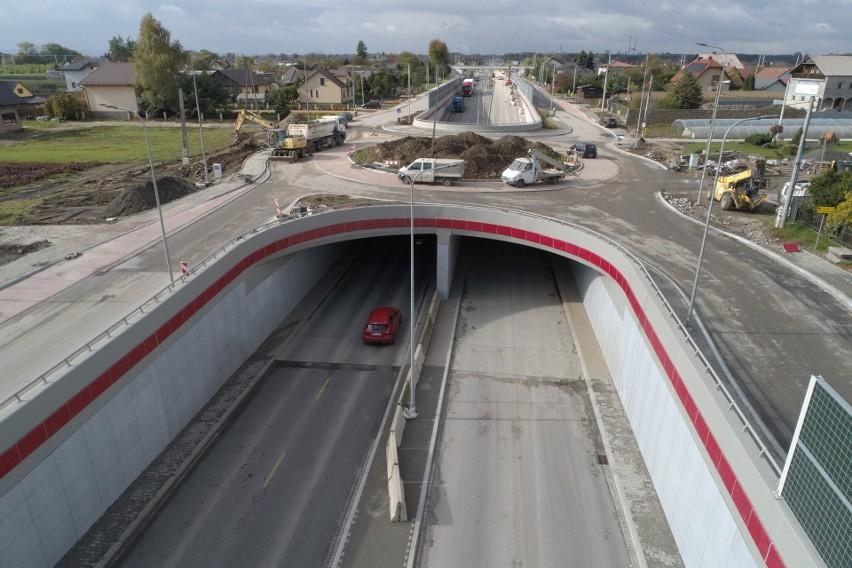 Kraków. Można już przejechać tunelem przebudowywanej ulicy Igołomskiej. Prace dobiegają końca [ZDJĘCIA]