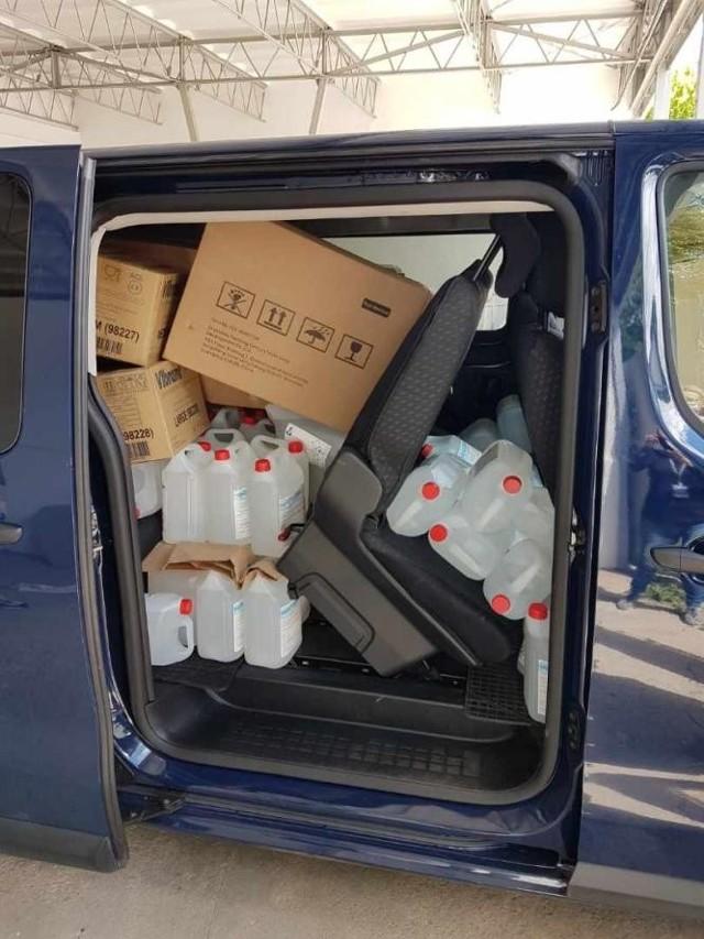 Sprzęt ochronny i środki dezynfekcyjne trafiły do szpitali i stacji pogotowia ratunkowego na terenie Wielkopolski