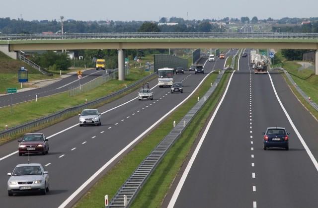 Kierowcy od obwodnicy Grójca do Rembertowa będą już mogli jechać nowymi pasami ruchu trasy S7.