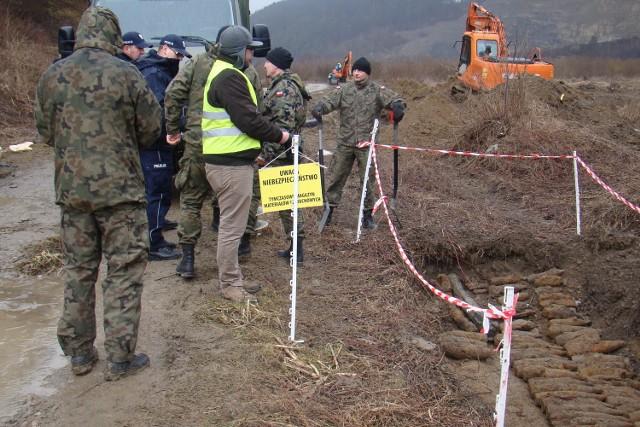 Pociski znalezione w Rdziostowie były śmiertelnie niebezpieczne. Zdetonowano je nad Dunajcem.