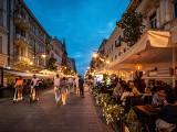Na główną ulicę Łodzi powraca handel