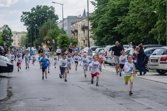 W najbliższą sobotę w Nowej Dębie odbędą się biegi uliczne.