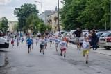 Biegi uliczne w Nowej Dębie. Na najlepszych czekają nagrody i medale