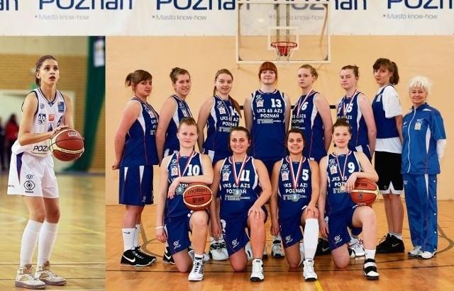 Zespół INEA UKS 65 AZS Poznań po wygranej w Gimnazjadzie 2010. Obok Kinga Woźniak, która miała duży wkład w wygraną, a zabrakło jej na wspólnym zdjęciu