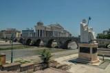 Skopje - raj turystów, koszmar architektów. Dobre jedzenie, niskie ceny, a Polacy mogą poczuć się chwilami jak w Warszawie 25 lat temu