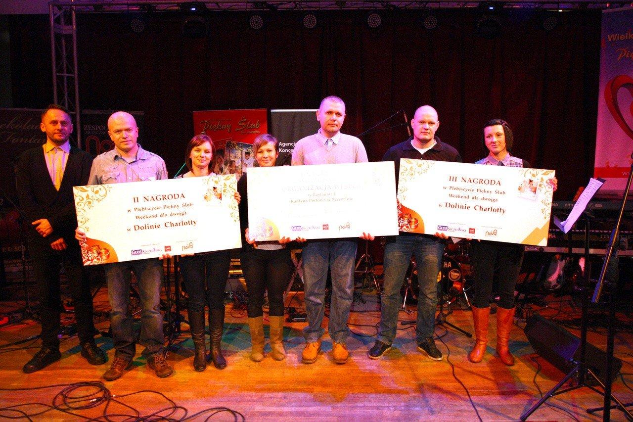 af2f7d3311 Zwieńczeniem niedzielnej Wielkiej Gali Ślubnej było ogłoszenie wyników w  naszym konkursie. Na zdjęciu od lewej