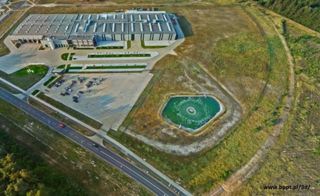 Firma MMP Neupack Polska w Bydgoskim Parku Przemysłowo-Technologicznym - widok z drona