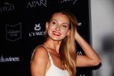 Widok jak z obrazu Picassa. Joanna Moro bez skrępowania karmi dziecko piersią ZDJĘCIA