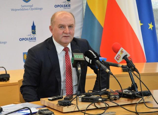 Treść i cele strategii omówił marszałek województwa Andrzej Buła.