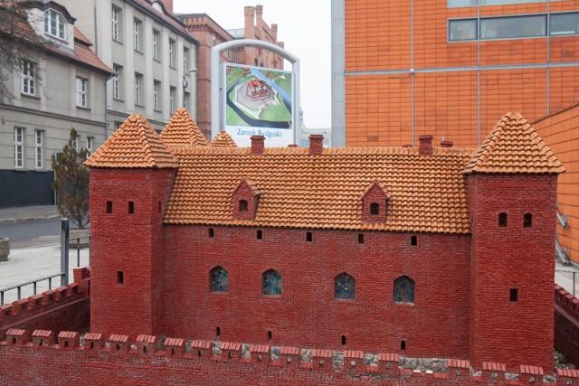 Zamek Bydgoski istniał w latach 1346-1656,a jego ruiny przetrwały do 1895 roku