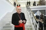 Kardynał Kazimierz Nycz w szpitalu spędzi najbliższe dni. Duchowny zasłabł podczas prowadzenia czwartkowej mszy