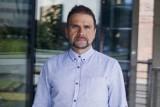Szczepionka przeciw COVID-19. Prof. Pyrć: nie należy wpadać w euforię, a już na pewno nie należy opuszczać gardy