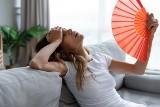 Jak się schłodzić bez klimatyzacji? Zobacz sprawdzone sposoby na upały! Jak się ochłodzić?