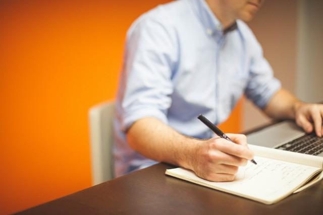 Zmiany w prawie pracy. Od 22 listopada pracodawcy nie będa mogli przedłużać w nieskończoność umów na czas określony.