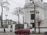 Golub-Dobrzyń. Kościół wieczorem jest pięknie rozświetlony
