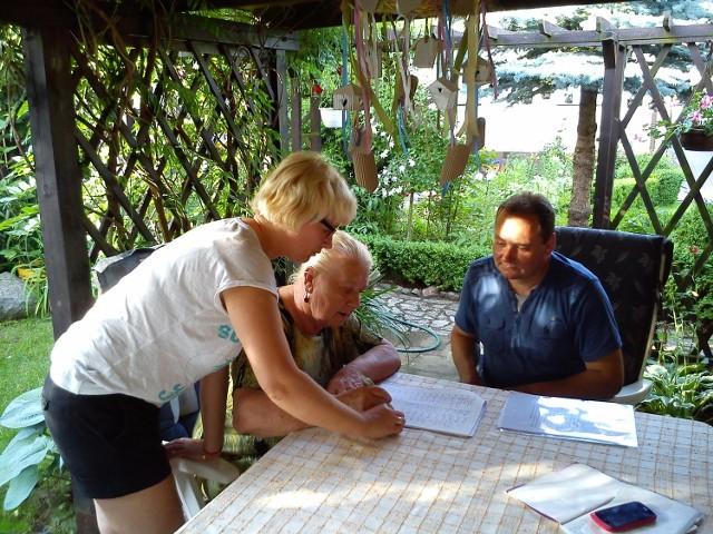 Mieszkańcy gminy Stęszew podpisują się pod petycją kierowaną do ministra środowiska