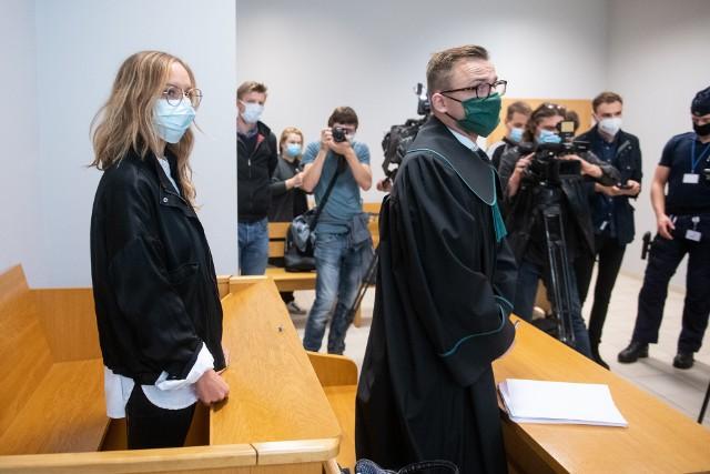 Sąd warunkowo umarzył postępowanie karne na okres jednego roku tytułem próby