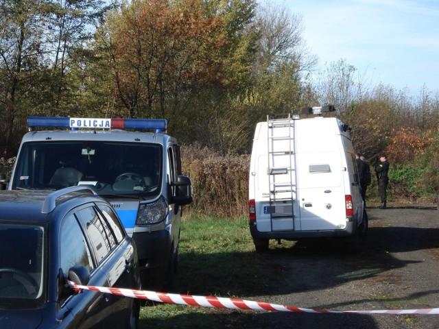 Spalone zwłoki znaleziono w poniedziałek rano w Aleksandrowie Łódzkim