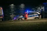 Bydgoszcz. Martwy mężczyzna wyłowiony z Brdy w okolicy dworca PKS. Policja już wie, kto to