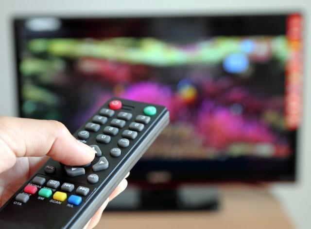 Zwolnienie z abonamentu RTV przez internet. Kto nie musi płacić? Zmiana w czasie epidemii koronawirusa. Tarcza antykryzysowa a abonament RTV
