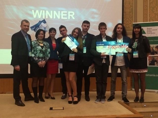 Uczniowie XI LO z Poznania znaleźli się wśród zwycięzców Europejskiego Konkursu Sci-Tech Challenge 2015. Finał odbył się w Bukareszcie.