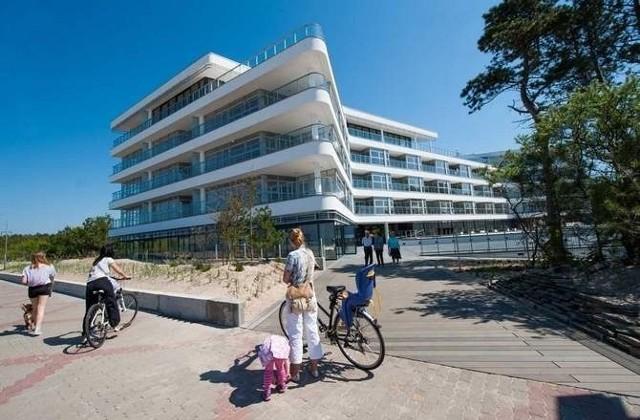 Mielno. Oficjalne otwarcie apartamentowca DiunaDune, nowoczesny apartamentowiec położony na wydmie w Mielnie, w sobotę został oficjalnie oddany do użytku.