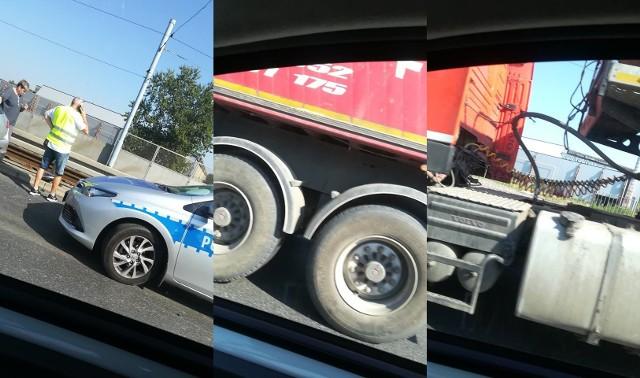 Na chorzowskiej estakadzie doszło do kolizji samochodu dostawczego z ciężarówką. Jak wynika ze wstępnych ustaleń, są spore utrudnienia w ruchu.