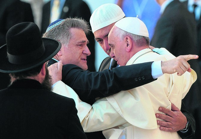 Rabin Abraham Skórka jest znany z przyjaźni z Franciszkiem