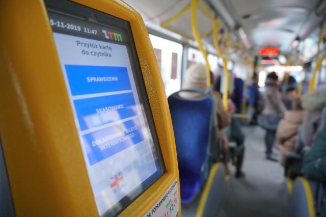 W trolejbusach i autobusach miejskich zostaną wyznaczone specjalne strefy, w których nie będą mogli przebywać pasażerowie