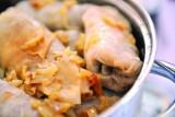 Przepis na gołąbki z kaszą gryczaną i tartymi ziemniakami. W podkarpackiej kuchni królują kasze: jęczmienna i gryczana