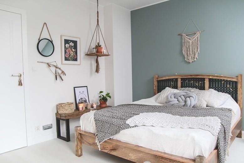 W sypialni stonowane barwy wyciszają i sprawiają, że...