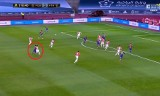 Lionel Messi wymierzył rywalowi dwa ciosy i wyleciał z boiska. To jego pierwsza czerwona kartka w barwach Barcelony [WIDEO]