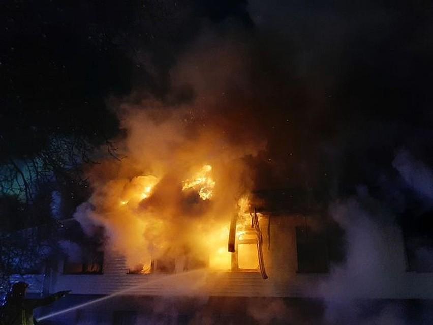 Michałowo. Pożar starego budynku urzędu gminy