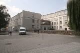 Kiedy przebudują gmach po uczelni przy Leśnej w Kielcach na nowoczesny biurowiec?