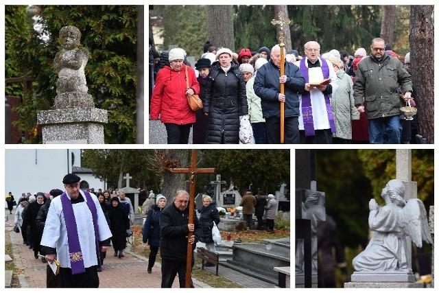 Dwie procesje przeszły przez Cmentarz Farny przy ulicy Raginisa 8 w Białymstoku. Jedna objęła starszą cześć - druga skierowała się w kierunku nowszych pochówków.