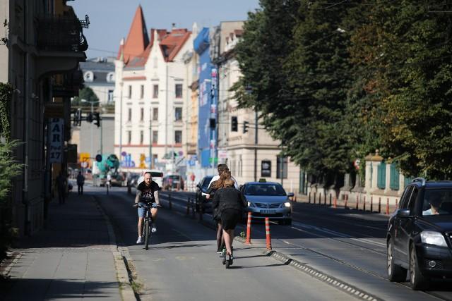 To już ostatnie chwile ścieżki rowerowej na Grzegórzeckiej