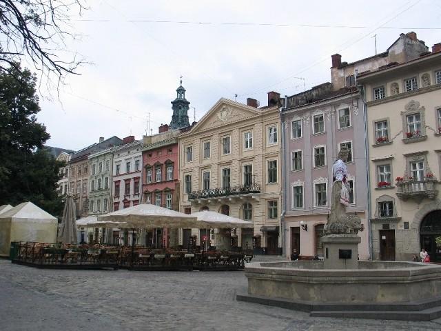 Polacy mieszkający we Lwowie od wielu lat nie mogą się doprosić od władze tego miasta siedziby do prowadzenia działalności kulturalnej.
