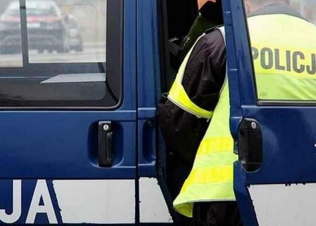 Dwóch mężczyzn okradło stację benzynową. Grozi im do 5 lat pozbawienia wolności.