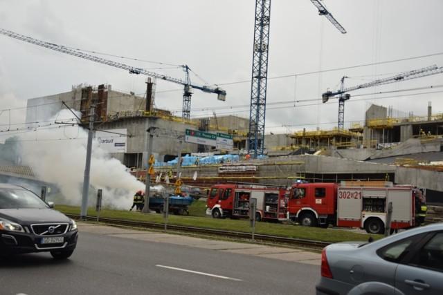 Pożar samochodu na ul. Wały Jagiellońskie w Gdańsku [5.07.2017 r.]