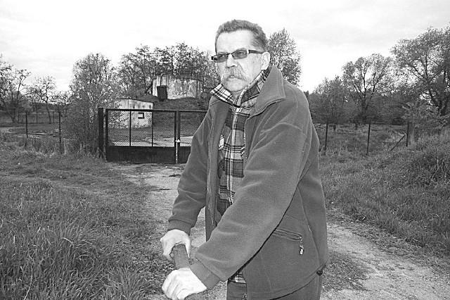 Wojciech Jagiełłowicz: - Nowa oczyszczalnia stanie obok starej. (fot. Tomasz Dragan)