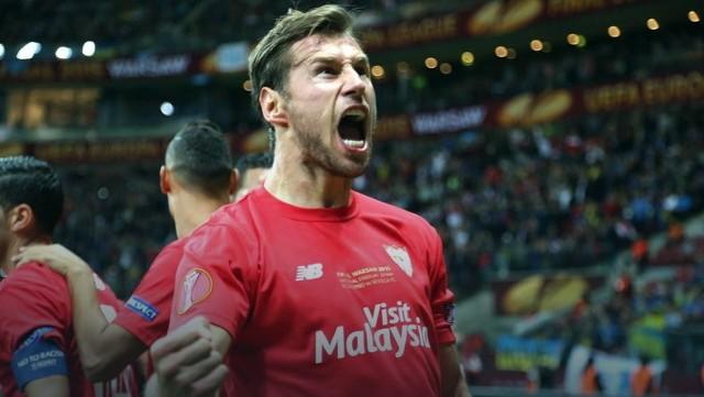 W niedzielę kibice piłkarscy będą się mogli emocjonować Superpucharem Hiszpanii z udziałem FC Sevilli. W składzie drużyny z Andaluzji zabraknie już Grzegorza Krychowiaka. Defensywnego pomocnika reprezentacji będzie można zobaczyć już jednak w barwach PSG w I kolejce francuskiej ekstraklasy