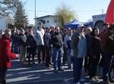 Tłumy na otwarciu. Pierwsze 50 osób miało dostać bony (zdjęcia, wideo)