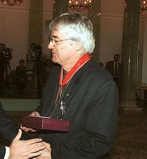 """Andrzej Żuławski. Jego związek z Weroniką Rosati oraz książka """"Nocnik"""" stały się głośne"""